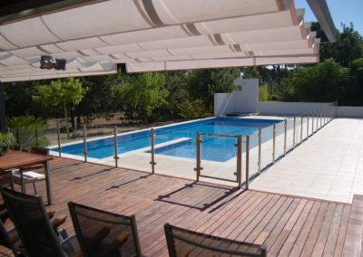 Construcción de piscina moderna