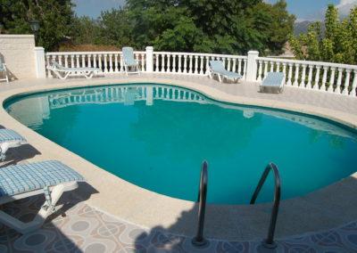 Construcció i instal·lació de piscina