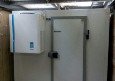 Regrigeración centro de salud pública