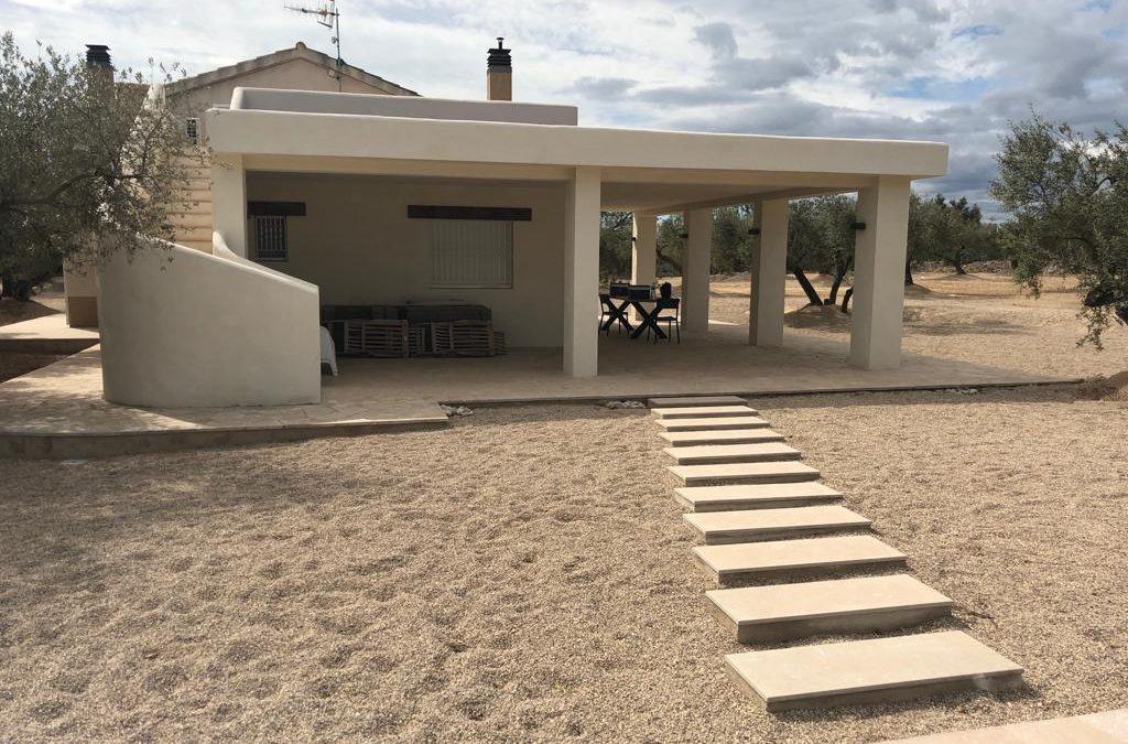 Ampliació i construcció de masia