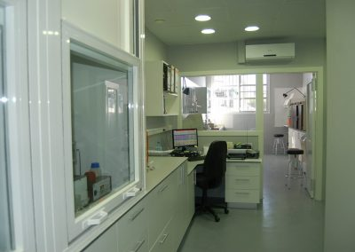 Laboratorio pera planta embotelladora y molino de arroz